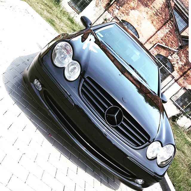 #darkstudio #carwrapping #mercedesbenz #mercedesclk #carlsson #blackcar #darklight #przyciemnianieszyb #przyciemnianielamp #gliwice #zabrze #katowice #polska