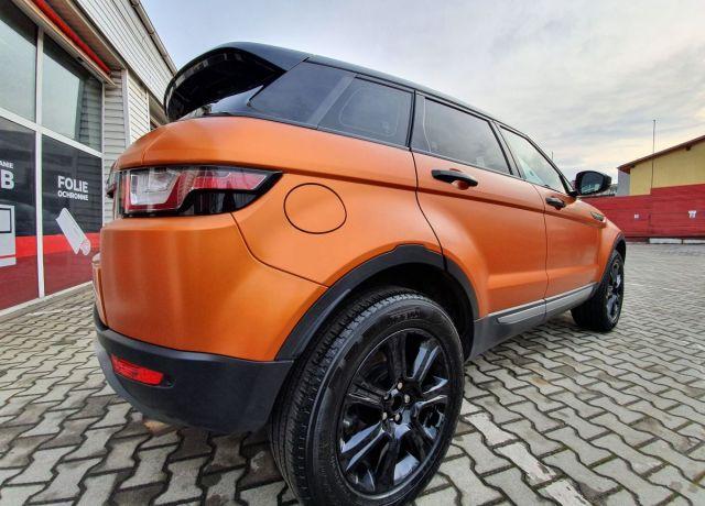 Zmiana koloru nadwozia samochodu Range Rover