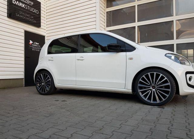 Zmiana koloru nadwozia samochodu Volkswagen Up