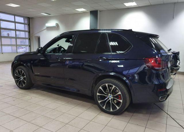 Zmiana koloru nadwozia samochodu Wnętrze BMW X5